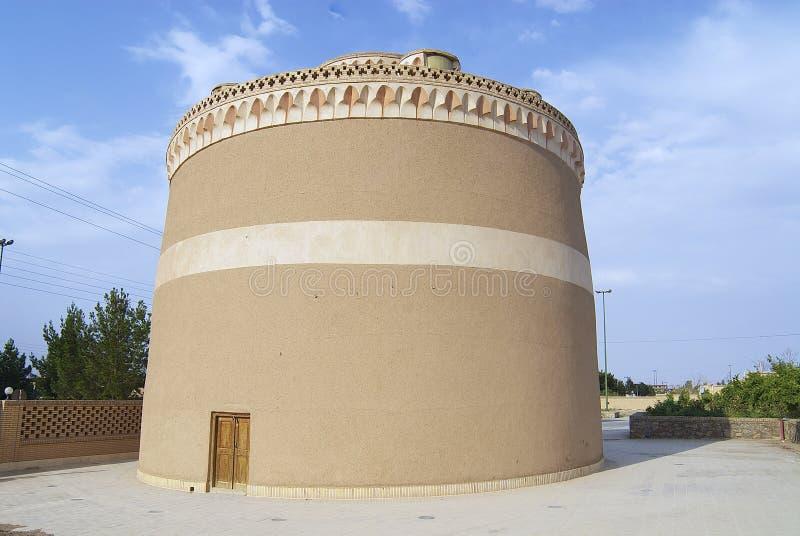 Extérieur de la maison traditionnelle de pigeon dans Meybod, province de Yazd, Iran photographie stock