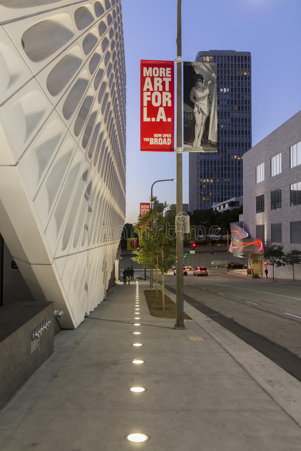 Extérieur de large Art Museum contemporain photographie stock libre de droits