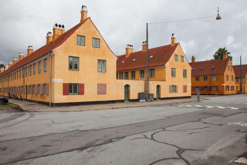 Extérieur des maisons antiques danoises image stock