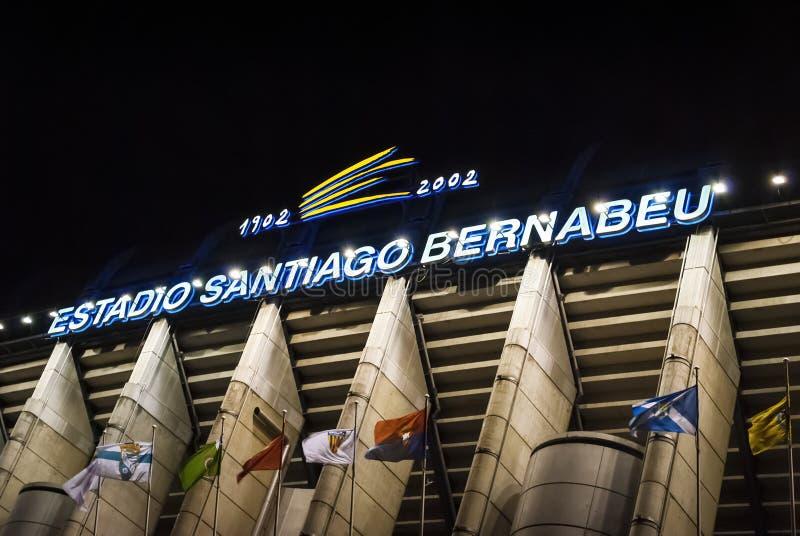 Extérieur du stade de Santiago Bernabeu à Madrid, la maison de l'équipe de football de Real Madrid image stock