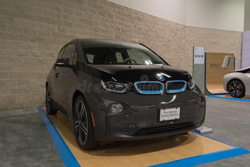 Extender för BMW i3 grund w/Range på skärm arkivfoton