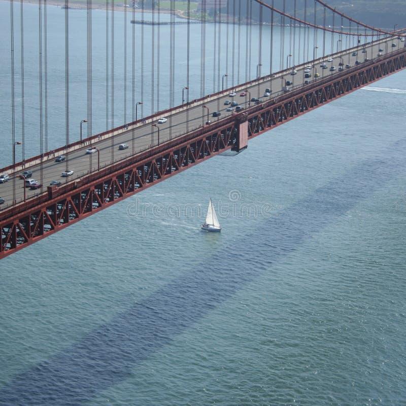 Extensão da ponte de porta dourada imagens de stock royalty free