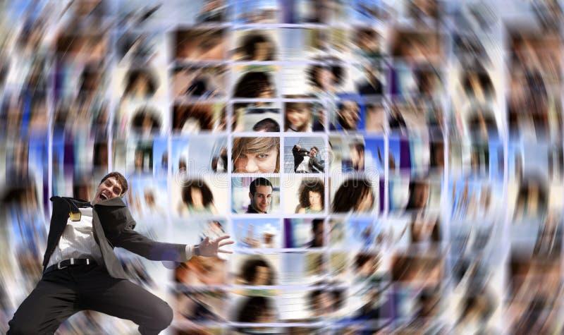 Extensión de media social y utilizador feliz imagenes de archivo