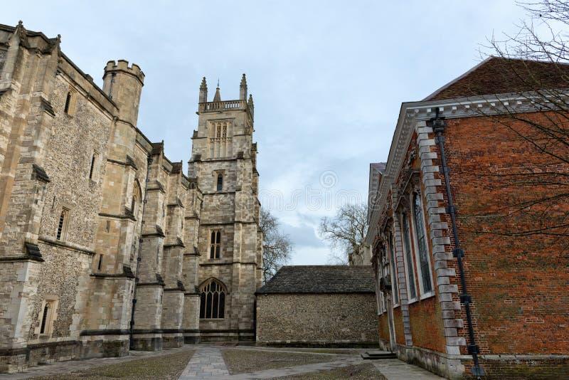 Exterior da capela da faculdade de Winchester, Reino Unido imagem de stock royalty free