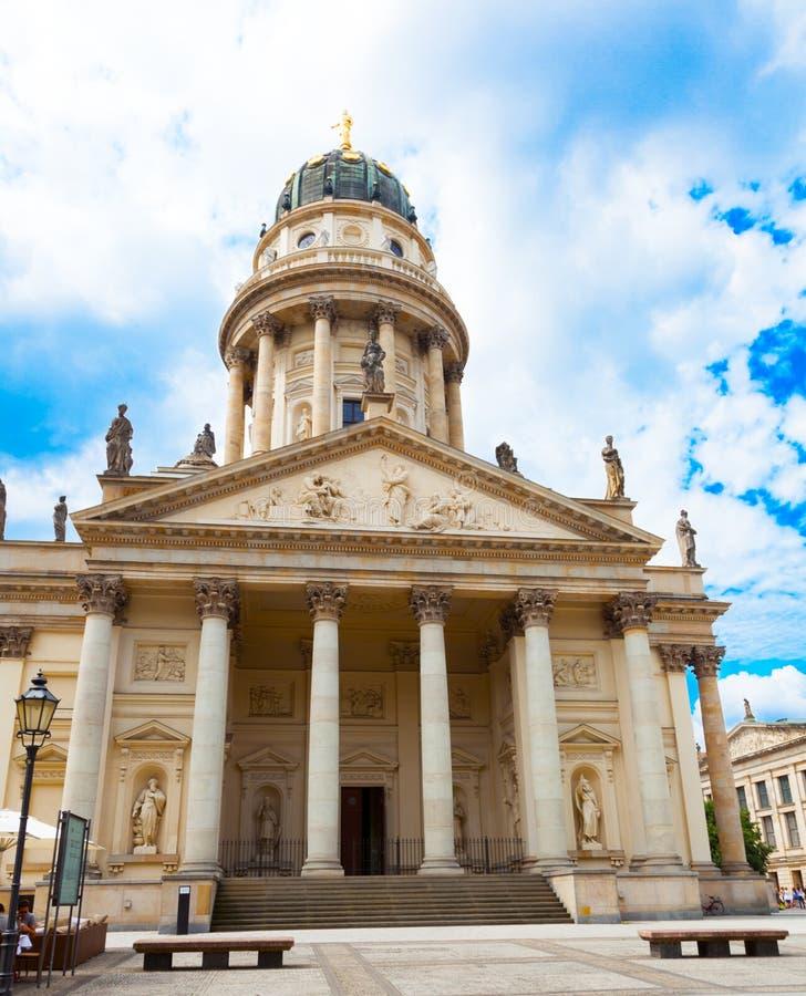 Exterior da catedral francesa em Berlim fotografia de stock