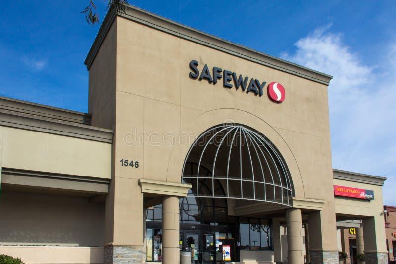 Exterior da mercearia de Safeway fotos de stock