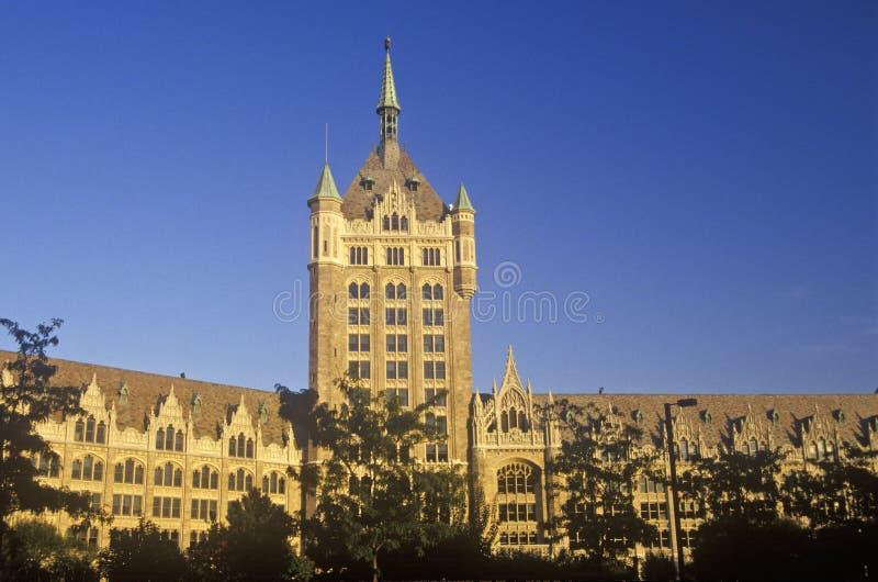 Exterior da universidade de Estados de Nova Iorque, Albany, NY fotos de stock royalty free