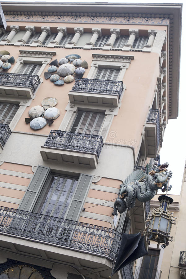 Exterior de Barcelona - construção asiática foto de stock