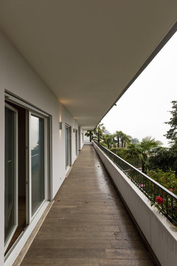 Exterior de la terraza con nadie alrededor foto de archivo libre de regalías