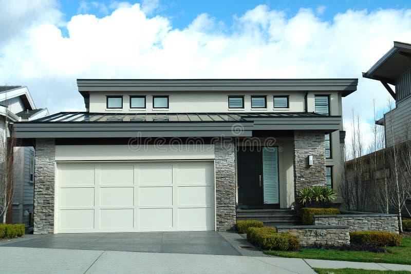 exterior del hogar de la casa del dise o moderno foto de On diseno exterior del hogar
