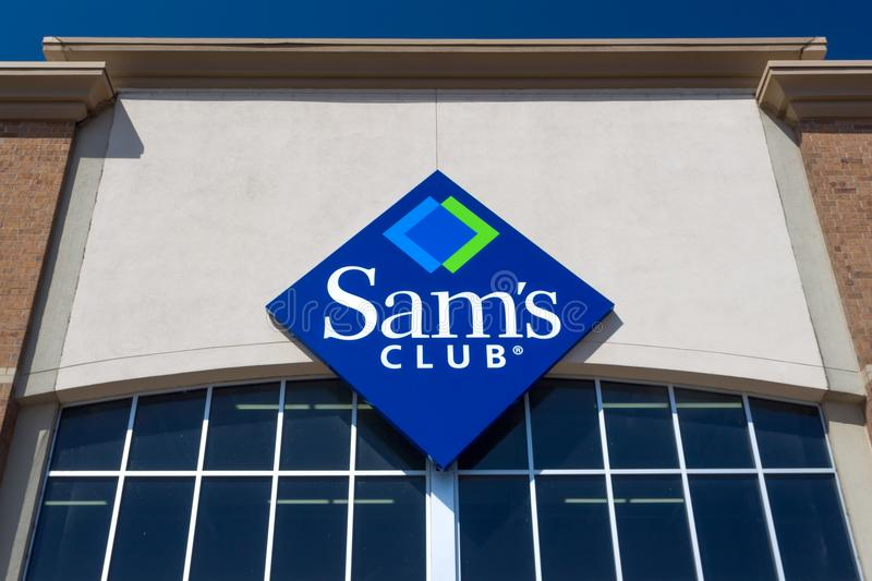 Exterior e logotipo do clube do ` s de Sam foto de stock royalty free