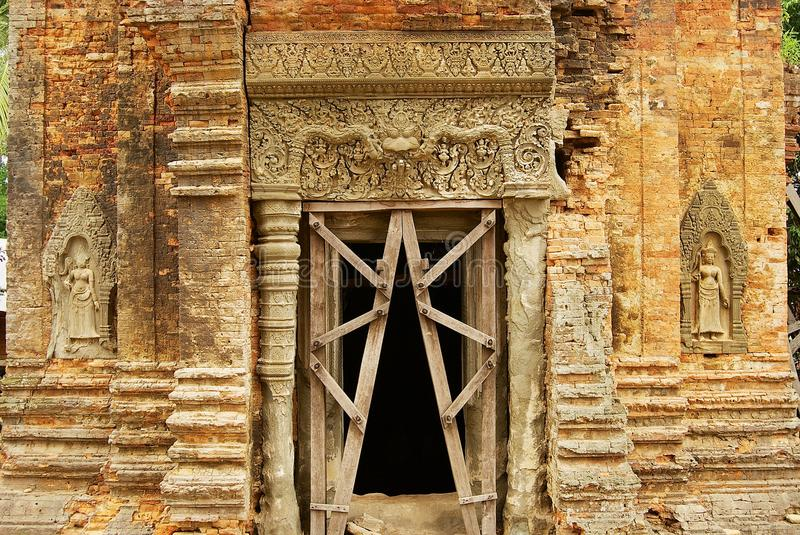 Exterior of the entrance to the Lolei temple in Siem Reap, Cambodia. SIEM REAP, CAMBODIA - AUGUST 10, 2008: Exterior of the entrance to the Lolei temple in Siem stock photo