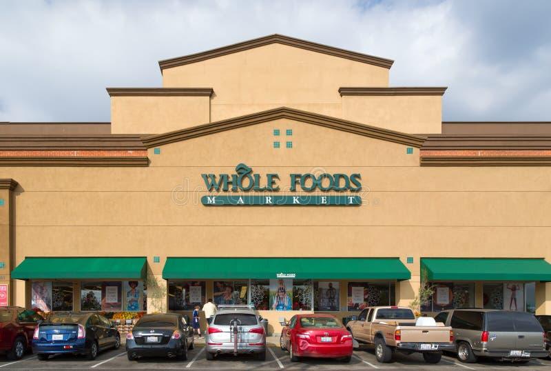 Exterior inteiro do mercado do alimento fotos de stock royalty free