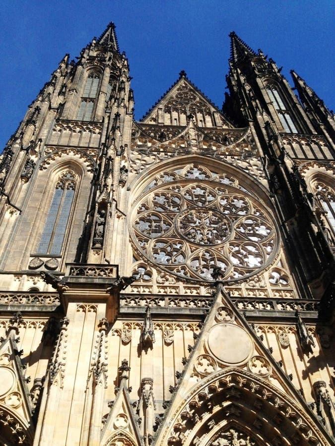 Externe gotic Kathedrale in Prag, am 17. August 2017 lizenzfreies stockfoto