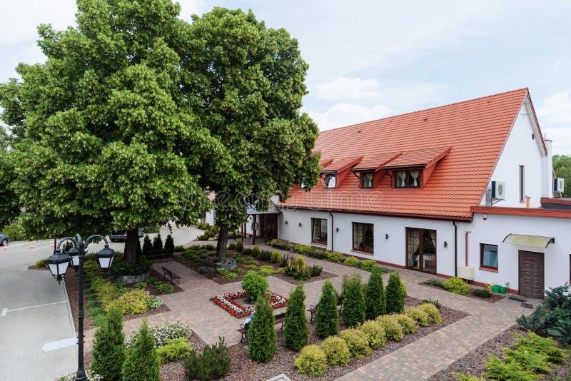 Externe mening van modieus hotel royalty-vrije stock fotografie