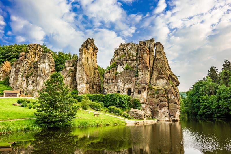 Externsteine nella foresta di Teutoburg, Germania immagine stock