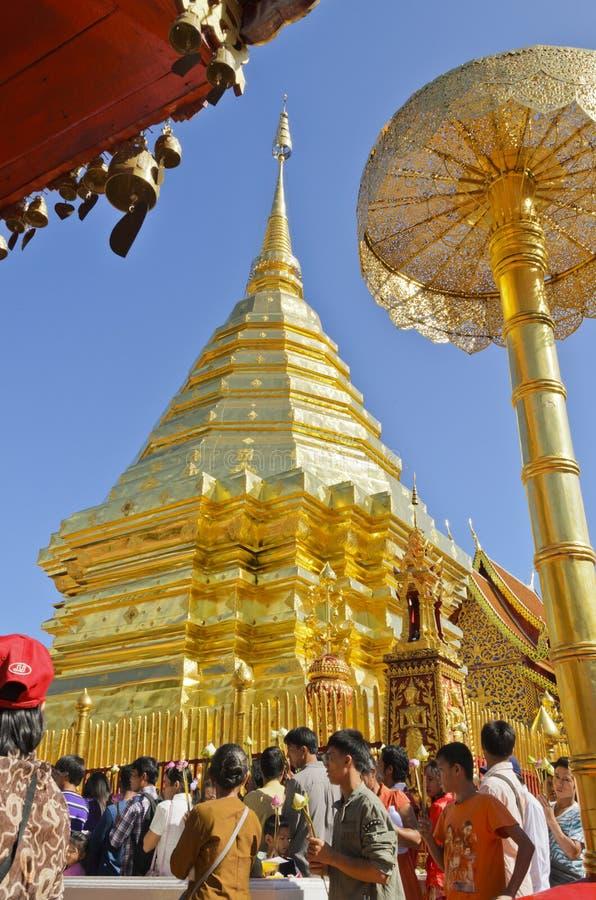 Extrémité de Lent Day bouddhiste, Phra qui Doi Suthep, Chiang Mai, thaïlandais photo stock
