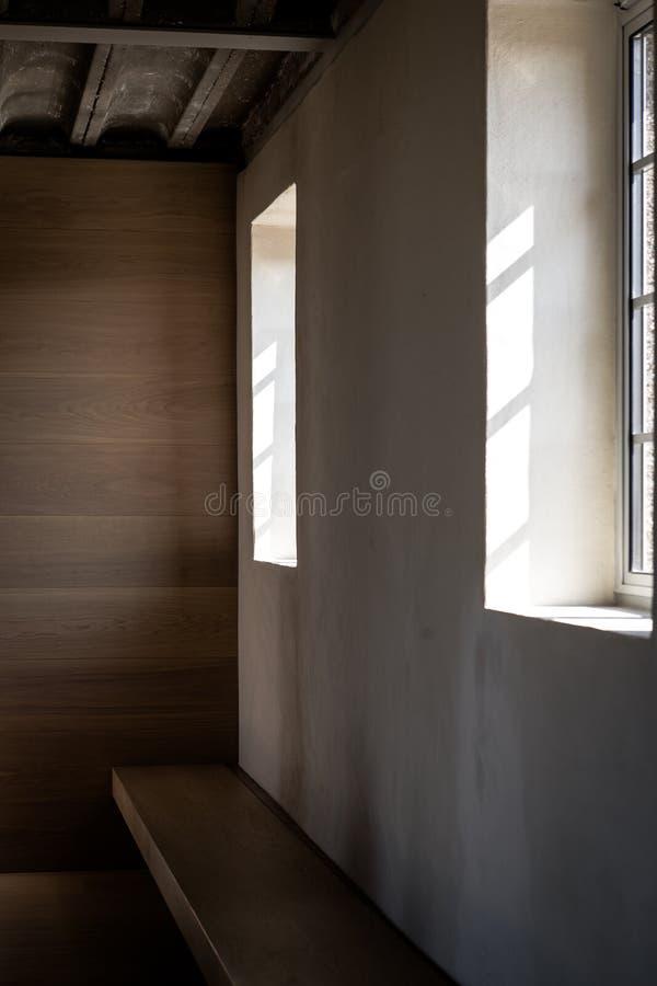 Extrémité de lumière de fenêtre d'été photographie stock libre de droits