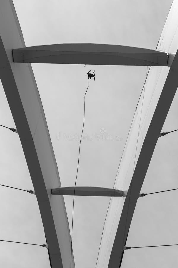 Extrémité de saut de Bungee photos stock
