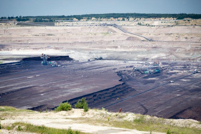 Extração de carvão de superfície imagem de stock royalty free