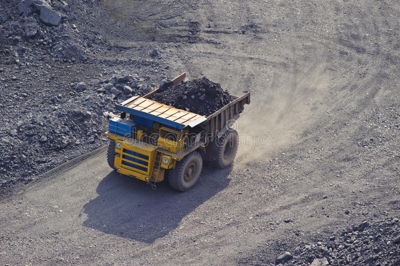 Download Extraction of iron ore stock image. Image of load, dirty - 15196157