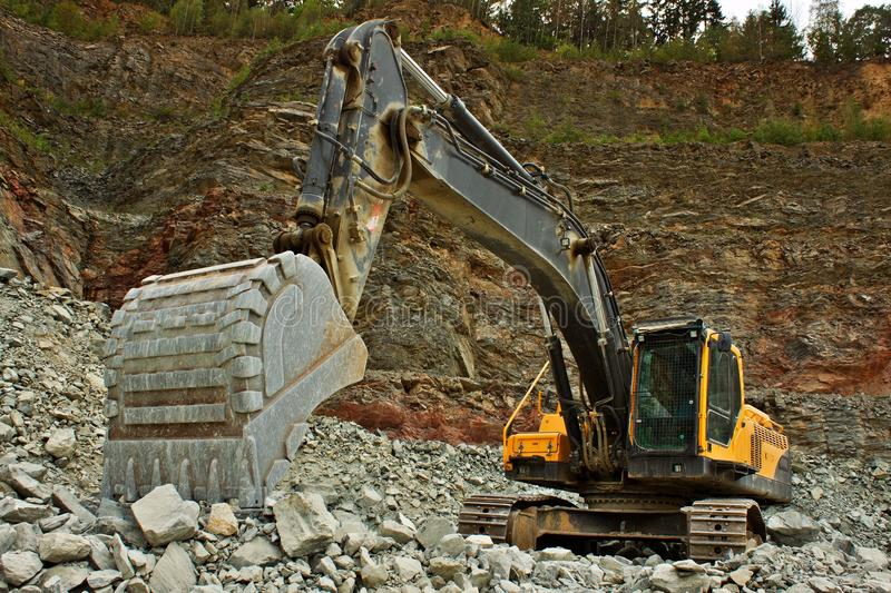 Download Extraction Of Stone In The Quarry Stock Image - Image of mineral, excavation: 30119809