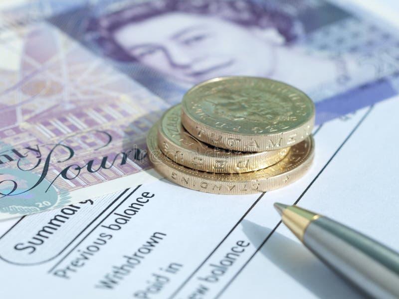 Extracto BRITÁNICO del dinero en circulación y de cuenta imágenes de archivo libres de regalías
