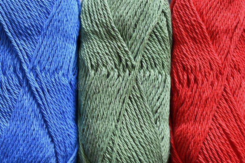 Extracto colorido del hilo de algodón del ganchillo fotografía de archivo