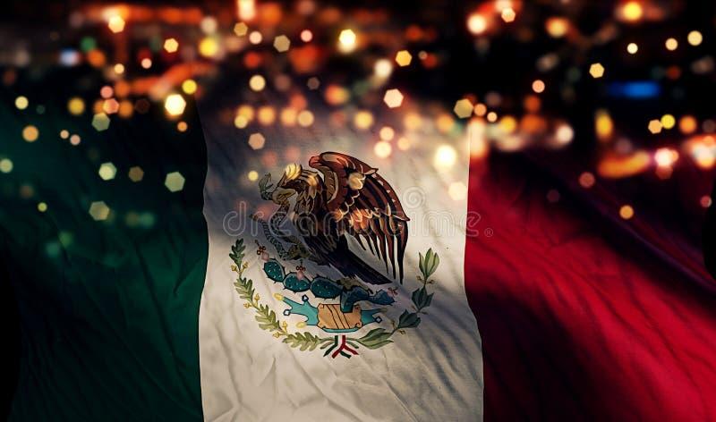 Extracto de Bokeh de la noche de la luz de la bandera nacional de México fotos de archivo