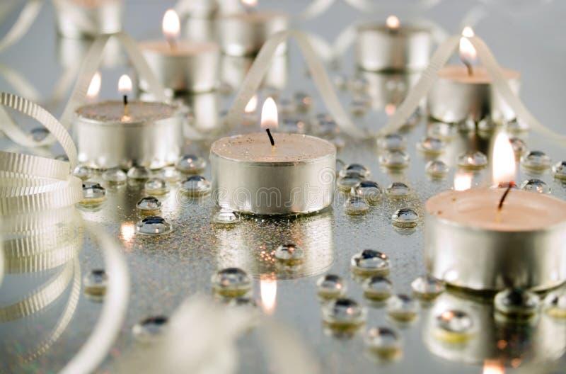 Extracto de la luz de una vela foto de archivo
