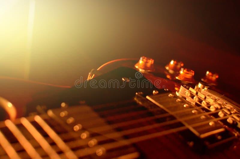 Extracto de la macro de la guitarra eléctrica foto de archivo