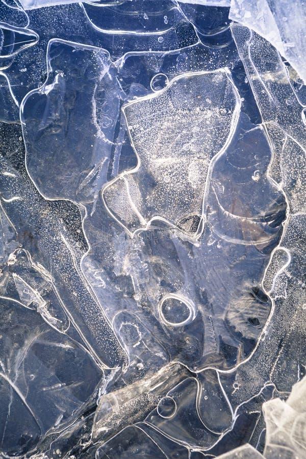 Extracto del hielo en azul fotografía de archivo