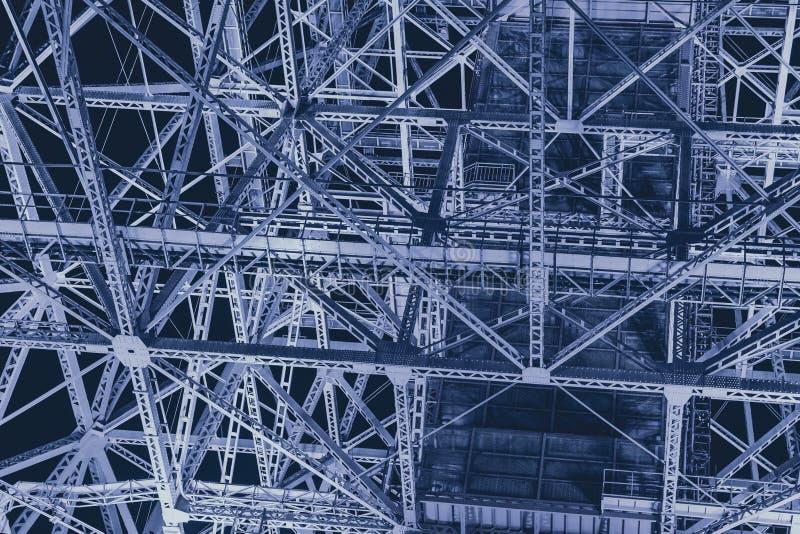 Extracto futurista de la ciencia de metal de la construcción de acero de la industria para el fondo fotografía de archivo