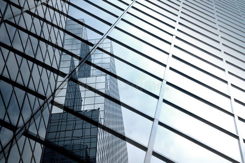 Extracto moderno del rascacielos foto de archivo