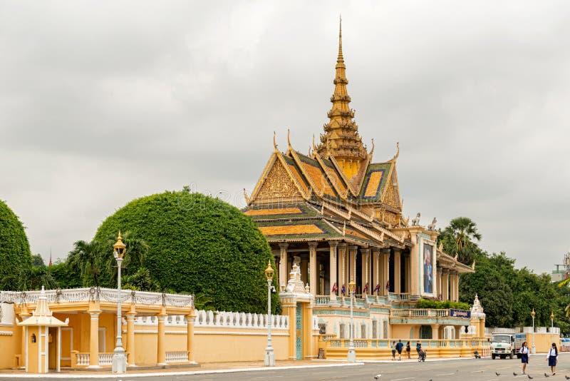 Extraknäcka paviljongen, delen av komplexet för den kungliga slotten, Phnom Penh arkivfoton