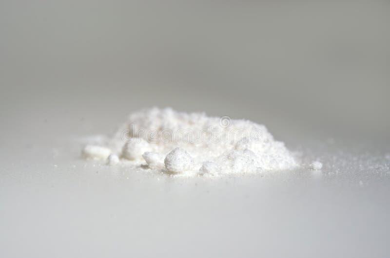Extrato químico do pó alfa do arbutin para o ingrediente cosmético fotografia de stock royalty free
