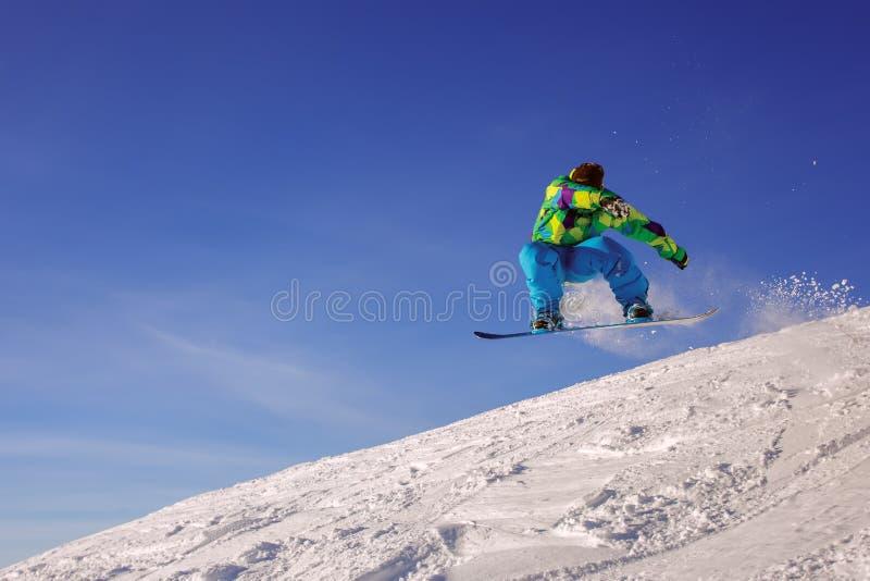 extrem snowboarder arkivfoto