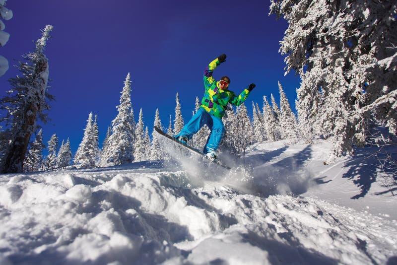 extrem snowboarder royaltyfria bilder