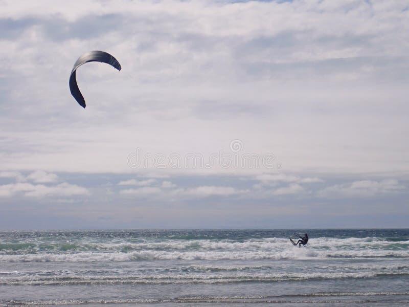 Extrem sommarsport Kiteboarding royaltyfri foto