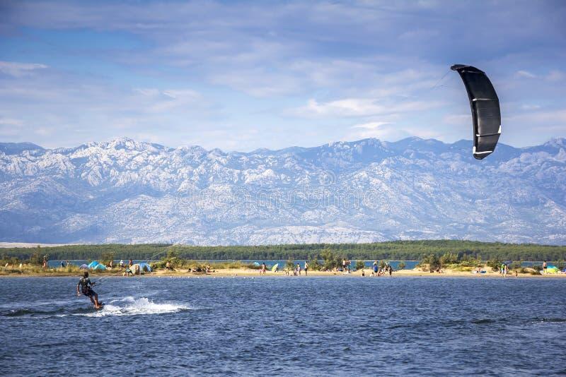 Extrem-Sport Kiteboarding Kitesurfing stockfotos