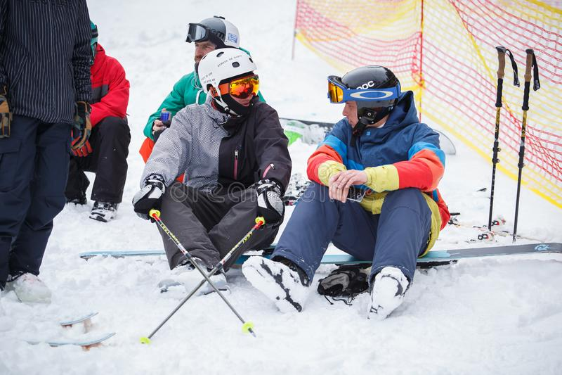 Extremes Sportfestival des Winters im Gebirgsschneepark lizenzfreies stockfoto