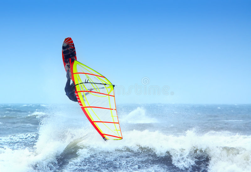 Extremes windsurfing lizenzfreies stockfoto