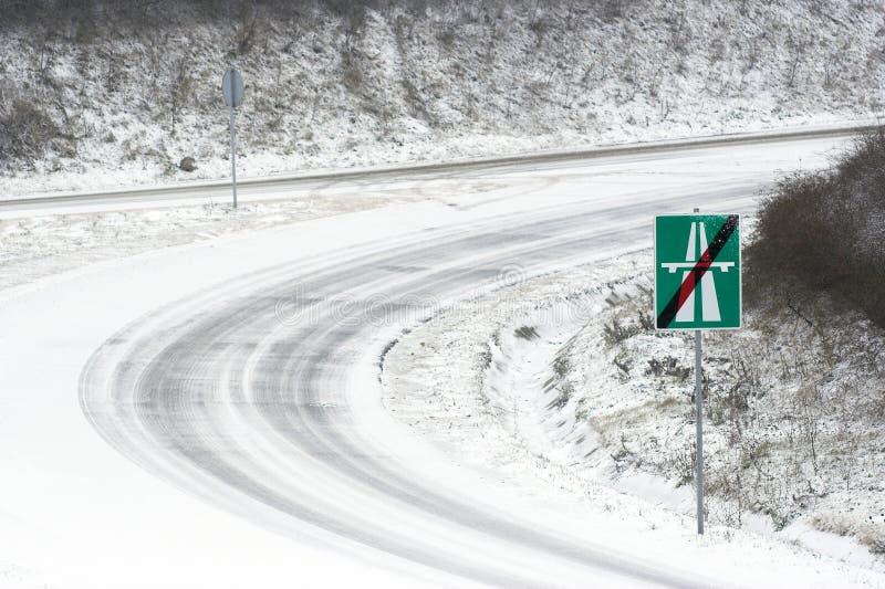 A extremidade de uma estrada fotografia de stock