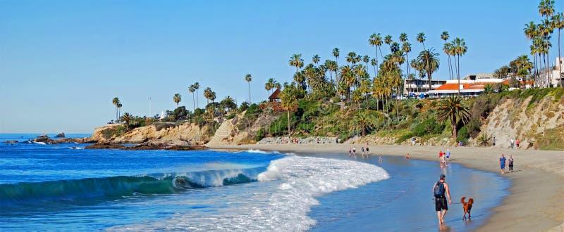 Extremidade norte do parque principal no Laguna Beach, CA de Heisler do aand da praia                 Principal imagem de stock
