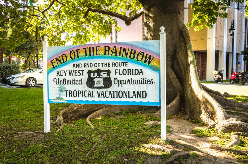 Extremo del arco iris - Key West, la Florida imagenes de archivo