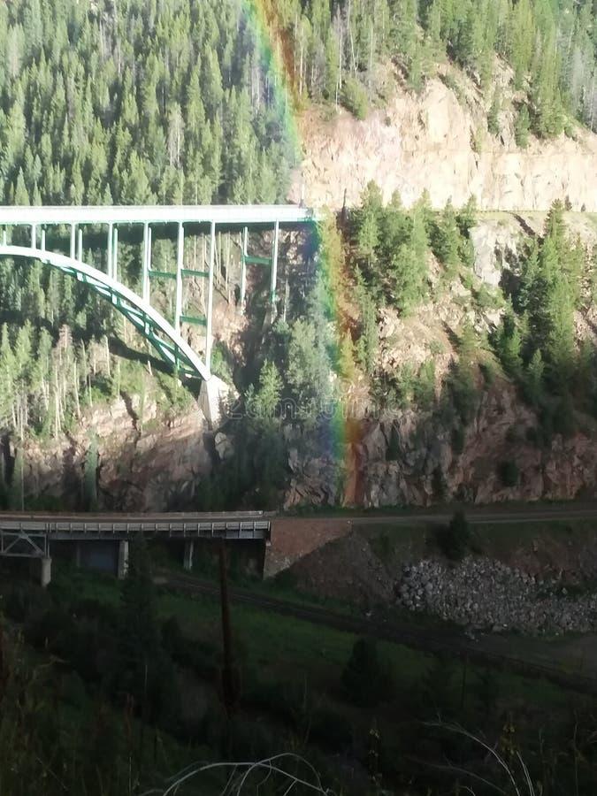 Extremo del crisol de oro del leprechaun de Rainbow Eagle River Bridge Colorado agosto de 2017 imagen de archivo