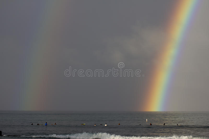 Extremo doble del arco iris imágenes de archivo libres de regalías