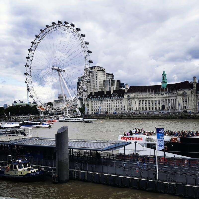 Eye of London arkivfoton