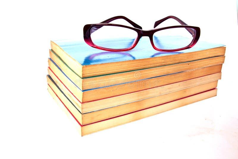 eyeglass книги старый стоковые фотографии rf