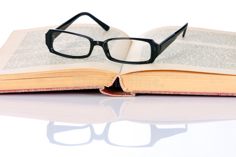 eyeglasses βιβλίων στοκ εικόνες